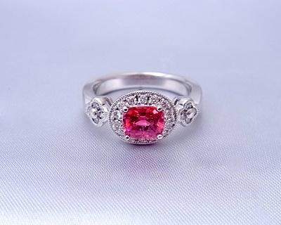 スピネル(レッド)  ダイヤモンドリング