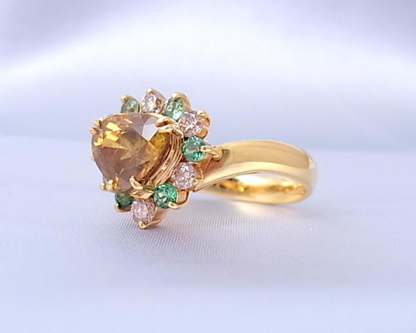 スフェーン グリーンガーネット ダイヤモンド リング