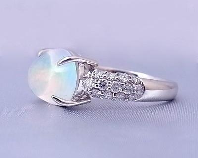 ウォーターオパール ダイヤモンド リング