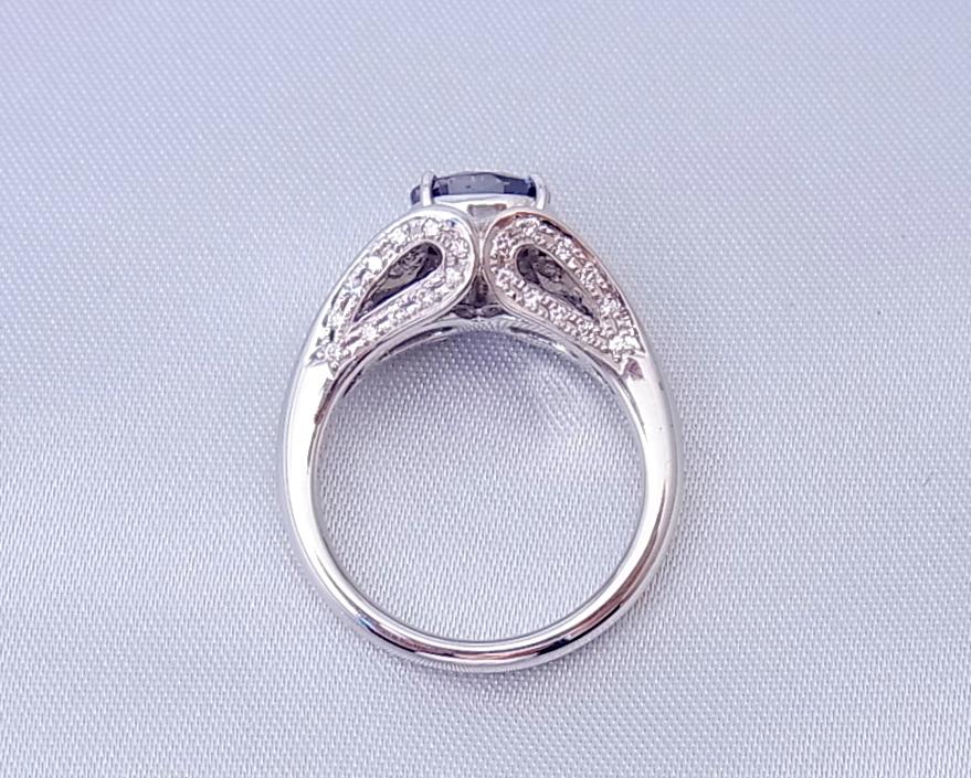 サファイア(ブルー)ダイヤモンド リング