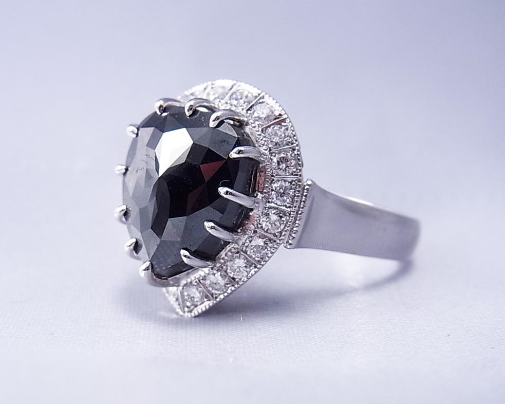 ブラックダイヤモンド リング