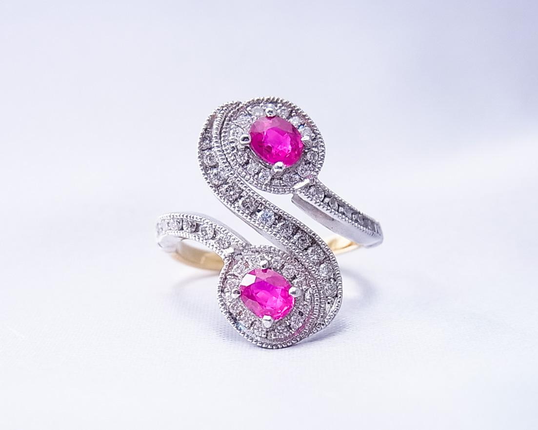 ルビーとダイヤモンドを使ったSの字の指輪