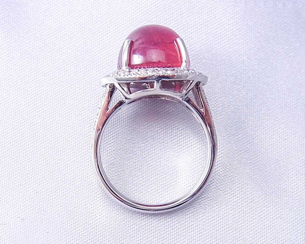 飴玉のようなピンクトルマリンの指輪