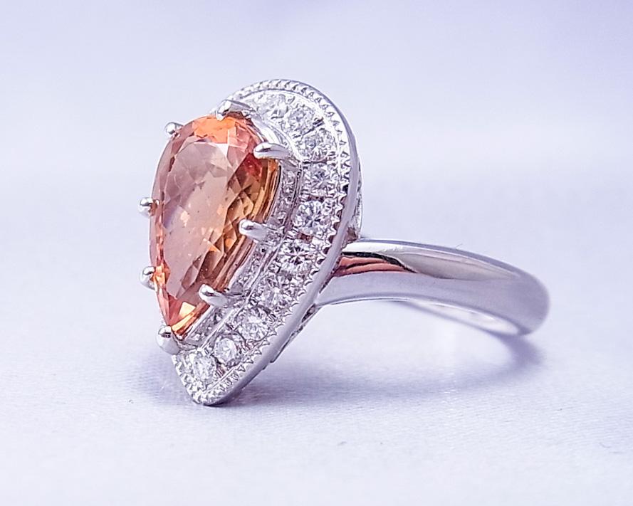 インペリアルトパーズとダイヤモンドの指輪