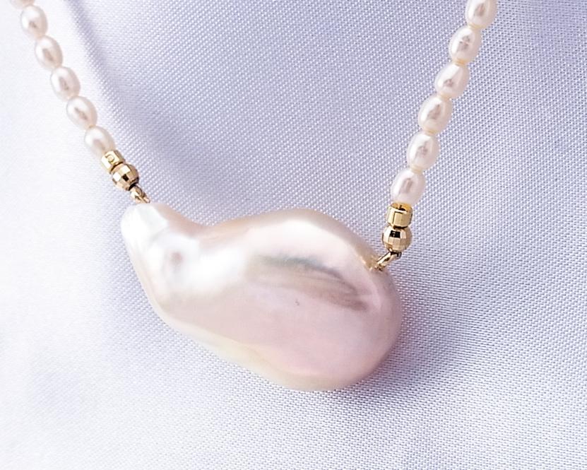 淡水バロック真珠の普段使いにおすすめなネックレス